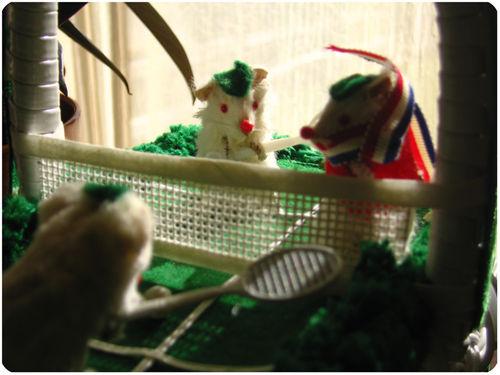 Mouse tennis purse 2
