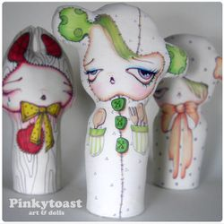 Love in her pockets mummy doll pinkytoast 1