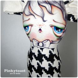 Mouse wears houndstooth mummy doll pinkytoast 3