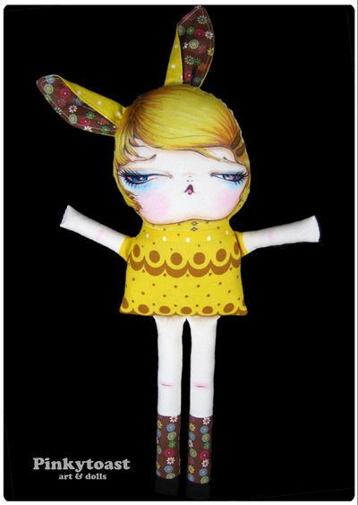 Yellow banana cream pie bunny long leg doll pinkytoast 4
