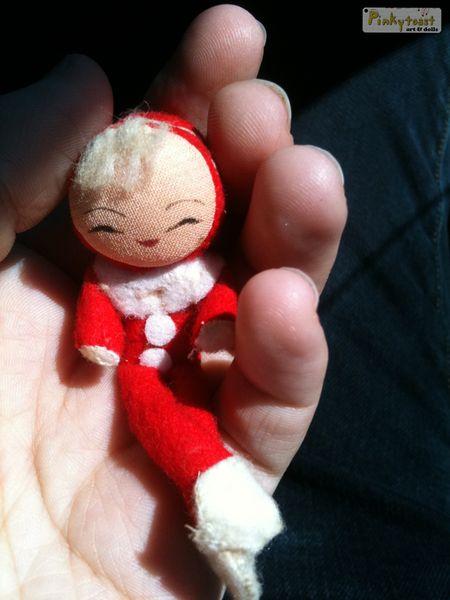 Tiny christmas elf pinkytoast blog