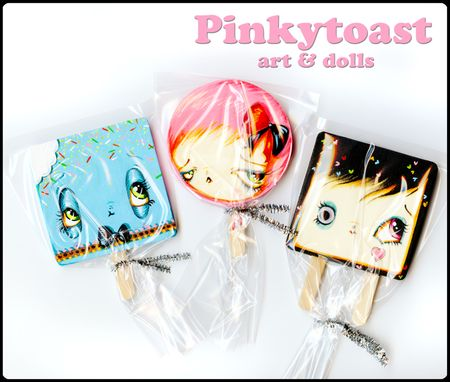 Lollipop doll pinkytoast bite me 1